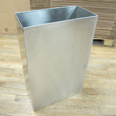 Rectangular shaped waste bin
